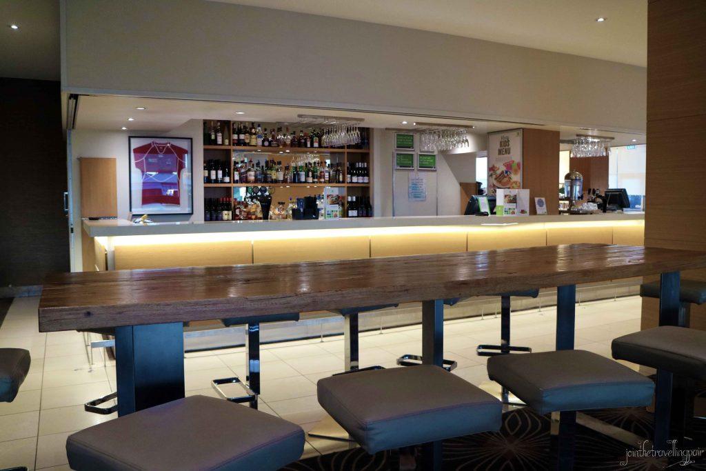 Holiday-Inn-Rotorua-Bar